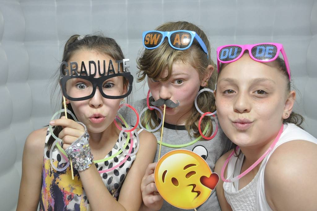 photo booth rentals for schools